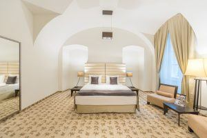 buda-castle-fashion-hotel-junior-suite