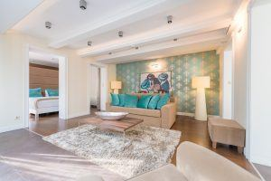la-prima-fashion-hotel-duplex-business-suite