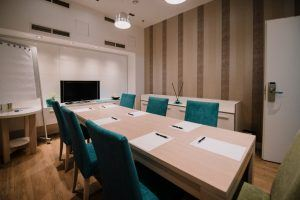 atrium-fashion-hotel-conference-room