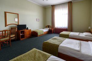 baross-cityhotel-quad-room