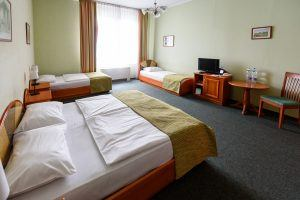 Baross City Hotel Triple Room