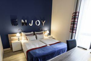 estilo-fashion-hotel-connecting-family-room