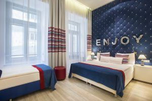Estilo Fashion Hotel Standard Triple Room