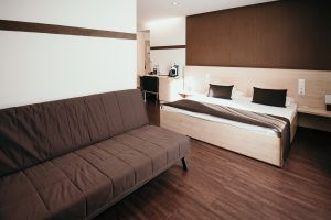 promenade-city-hotel-double-room-with-extra-bed