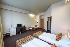 star-city-hotel-triple-room