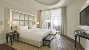 parisi-udvar-hotel-budapest-hexagon-suite